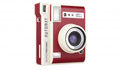 Read Lomography: The Lomo'instant Automat Camera Launches on Kickstarter