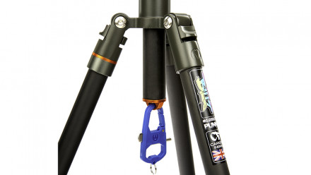 "Read 3 Legged Thing Announce 'Punks' Branded ""BILLY"" Carbon Tripod"