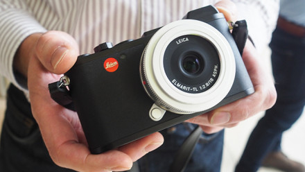 Read The Leica CL: Second in APS-C Camera System Officially Unveiled