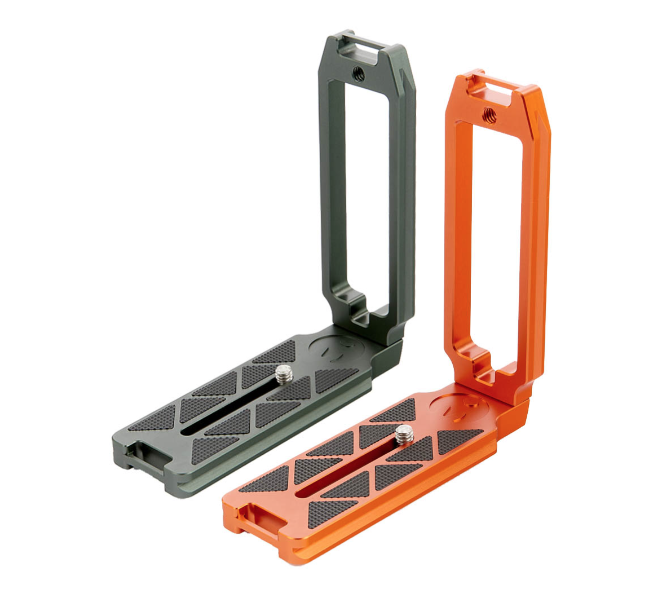 Read Supersized Universal L-Bracket Announced by 3 Legged Thing