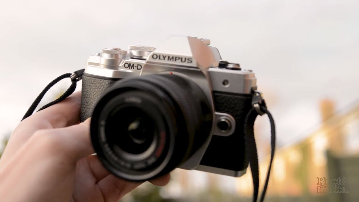 Read The Measure: [Video] Olympus OM-D E-M10 Mark III