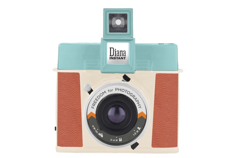 Lomography Launches Kickstarter Campaign for new Diana Instant Square Camera