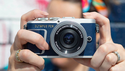 Read True Blue: Olympus Unveil new Special Edition PEN E-PL9 Camera in Blue