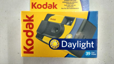 Read Kodak Alaris Debut Daylight Single Use Camera with 800 ISO Film