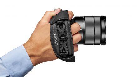 Read Gitzo Announces New Century Camera Straps