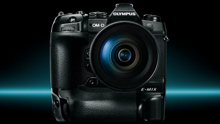 Read Olympus OM-D E-M1X: Heavyweight Pro Camera unveiled