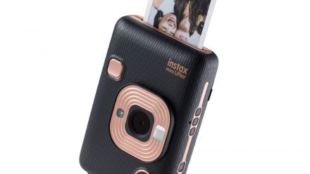 Read Instax Mini LiPlay Announced: Next Generation Hybrid Instant Camera that can Reproduce Sound