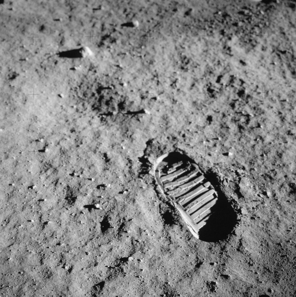 ASTRONAUT'S FOOTPRINT IN THE LUNAR SOIL