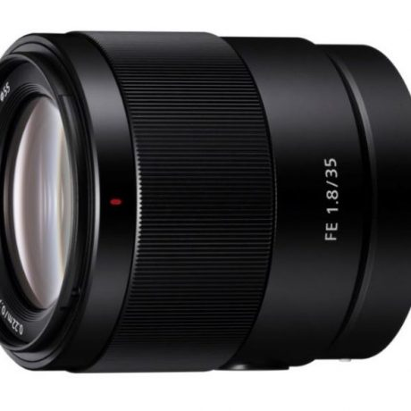 PhotoBite - Highly Anticipated Sony FE 35mm F1.8 lens Finally Lands