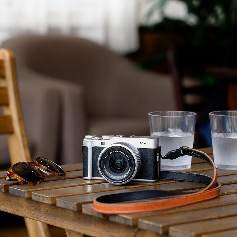 Fujifilm X-A7 lifestyle 3
