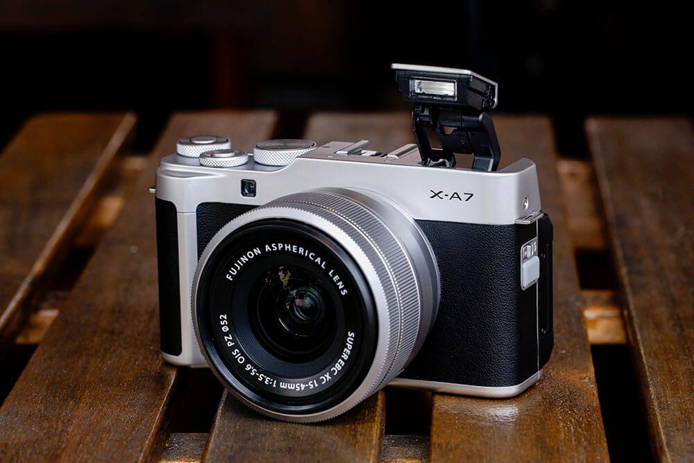 Fujifilm X-A7 lifestyle 2