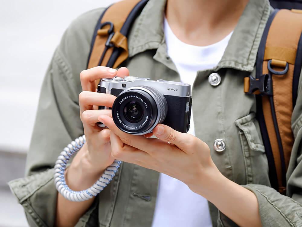 Fujifilm X-A7 lifestyle 1