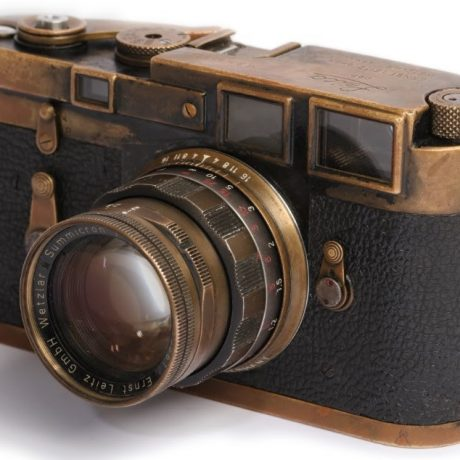 PhotoBite - Second Earliest Black Paint Leica M3 Goes Up for Auction This November