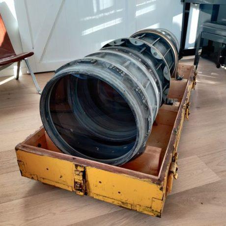 PhotoBite - Rare Soviet Spy Lens to be Auctioned