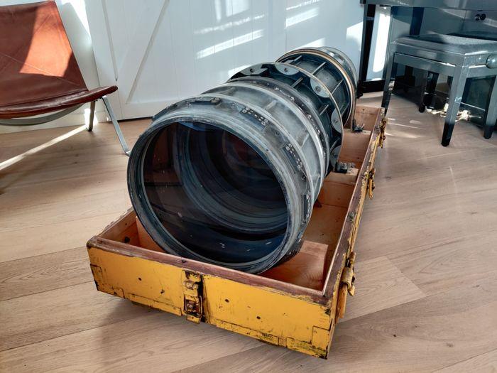 Soviet Spy lens up for auction