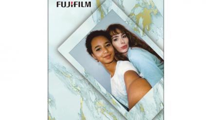 Read Fujifilm instax mini Film Blue Marble