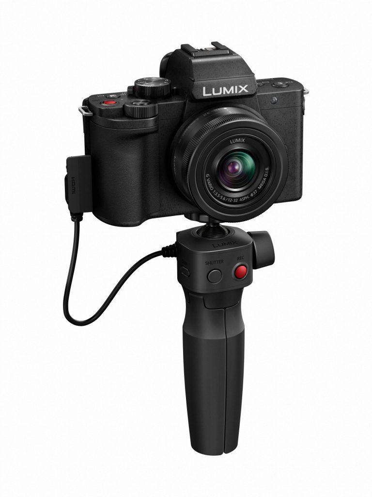 Panasonic LUMIX G100 Kit (G100VEB-K) slant