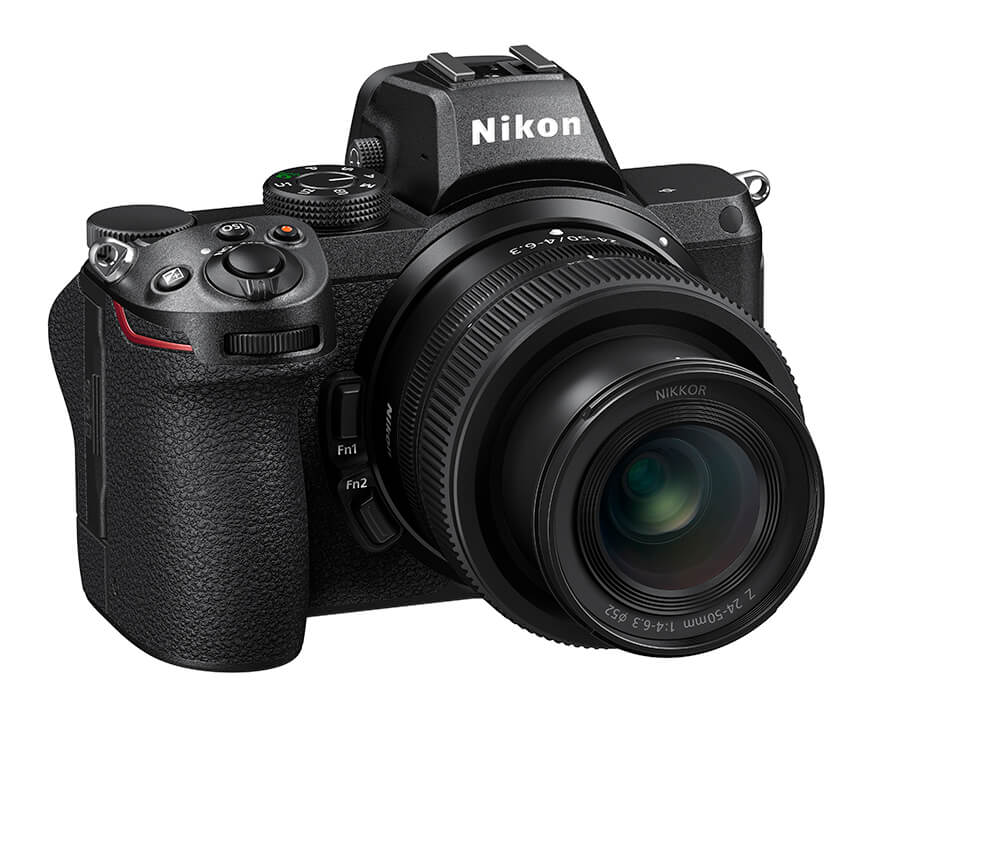 Nikon Z 5 24-50mm front right tilt