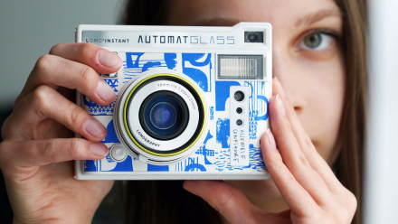 Read Lomography Introduce the Lomo'Instant Automat Glass Assemble Configure Edition