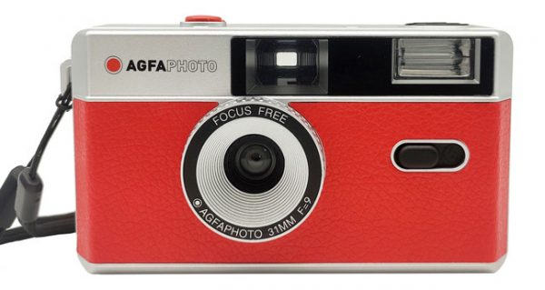 AGFA-Photo-Analogue-35mm-reusable-film-point-and-shoot-camera-red